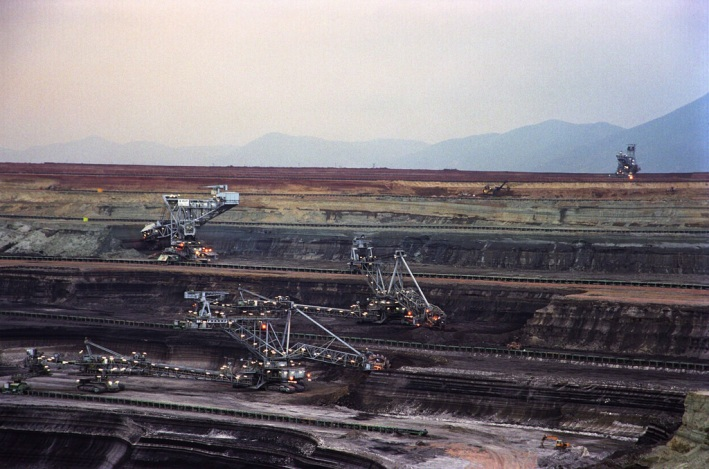 Φωτογραφία από Ορυχείο στη Δυτική Μακεδονία (Πηγή: https://www.flickr.com/photos/dei_gr/5525854347/in/album-72157626264611652/)